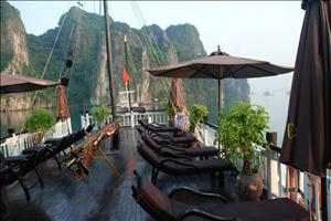 2 DAYS 1 NIGHT HALONG CRUISE ON BAI THO CRUISES